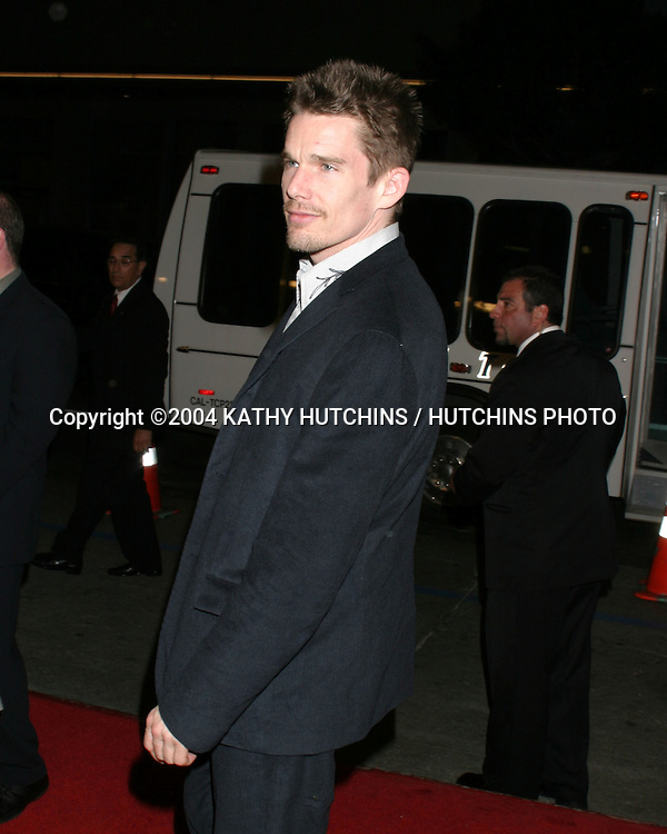 "©2004 KATHY HUTCHINS / HUTCHINS PHOTO.""TAKING LIVES"" PREMIERE.HOLLYWOOD, CA.MARCH 16, 2004..ETHAN HAWKE."