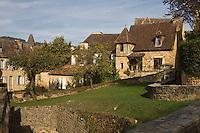 Europe/France/Aquitaine/24/Dordogne/Vallée de la Dordogne/Périgord Noir/Sarlat-la-Canéda: Vieilles maisons prés de la cathédrale, rue Montaigne