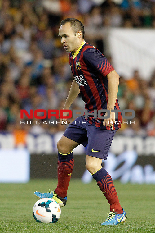 FC Barcelona's Andres Iniesta during La Liga match.September 1,2013. Foto © nph / Acero)