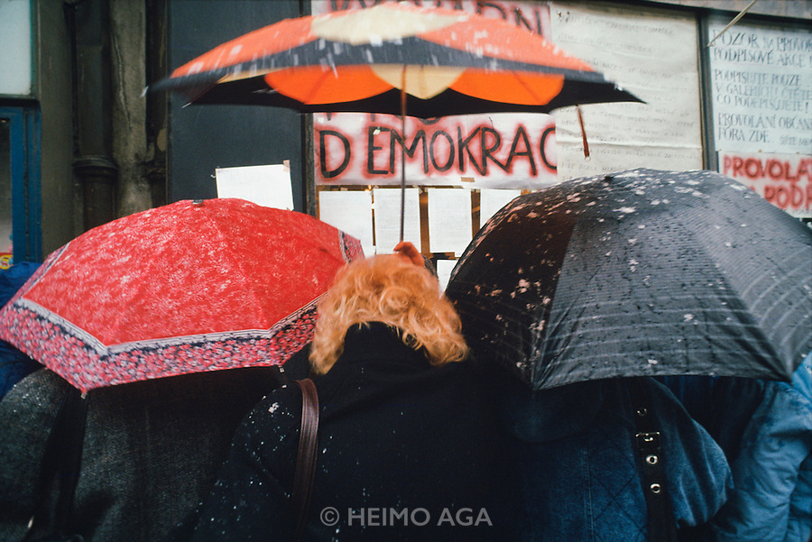 November 22, 1989. Prague, Czechoslovakia. Hand painted posters asking for democracy. (Photo Heimo Aga)