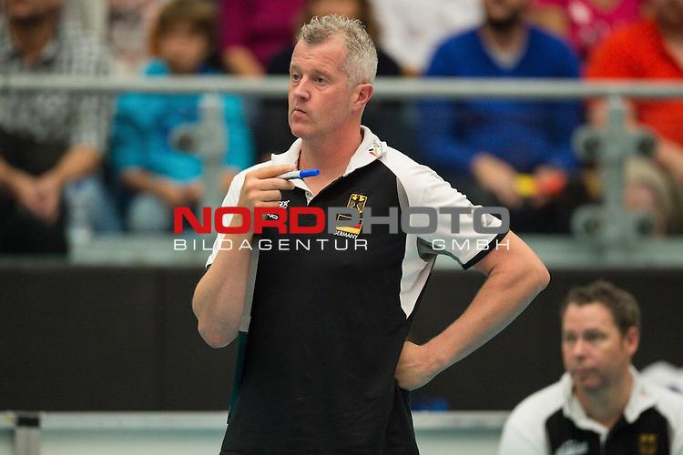 04.10.2015, CU Arena, Hamburg<br /> Volleyball, LŠnderspiel / Laenderspiel, Deutschland vs. Russland<br /> <br /> Vital Heynen (Bundestrainer / Trainer GER)<br /> <br />   Foto &copy; nordphoto / Kurth