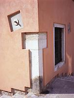 Italian Details