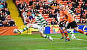 17/10/2010   Copyright  Pic : James Stewart.sct_jsp008_dundee_utd_v_celtic  .:: GARY HOOPER SCORES CELTIC'S LATE WINNER :: .James Stewart Photography 19 Carronlea Drive, Falkirk. FK2 8DN      Vat Reg No. 607 6932 25.Telephone      : +44 (0)1324 570291 .Mobile              : +44 (0)7721 416997.E-mail  :  jim@jspa.co.uk.If you require further information then contact Jim Stewart on any of the numbers above.........