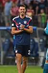 15.08.2018,  GER; FBL, Testspiel, Hamburger SV vs FC Bayern Muenchen ,DFL REGULATIONS PROHIBIT ANY USE OF PHOTOGRAPHS AS IMAGE SEQUENCES AND/OR QUASI-VIDEO, im Bild Sandro Wagner (Bayern #02) freut sich nach dem Spiel  Foto © nordphoto / Witke *** Local Caption ***
