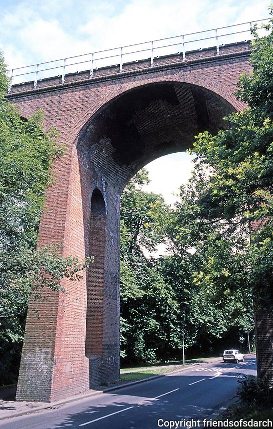 London: Railway Viaduct somewhere near Hampstead. (I was walking.)