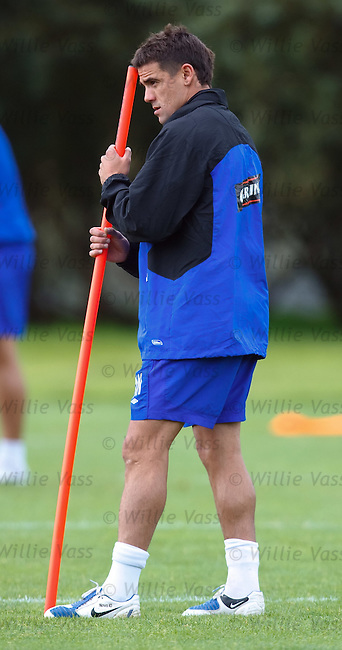 Nacho Novo back at training