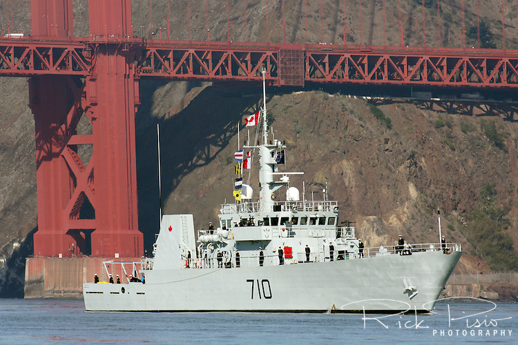 Canadian Navy Kingston class patrol Vessel HMCS Brandon (MM 710) passes under the Golden Gate Bridge and into San Francisco Bay during the 2010 Fleet Week Parade of Ships. HMCS Brandon is assigned to Maritime Forces Pacific (MARPAC) and is homeported at CFB Esquimalt.