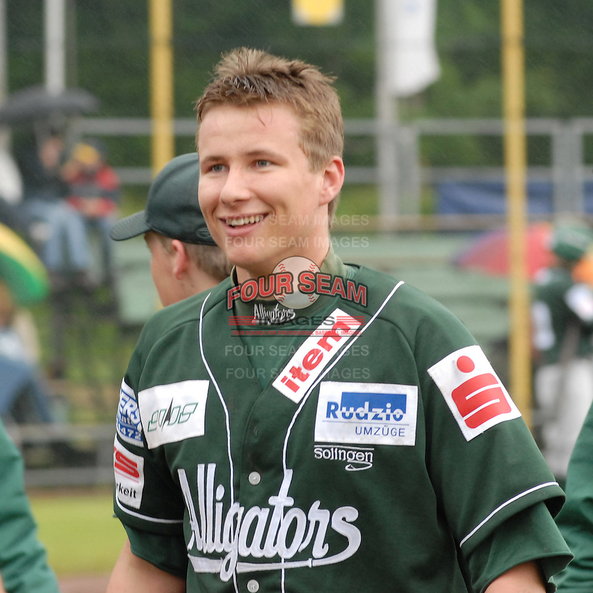 May 25, 2006:  New York Mets International Singing Kai Gronauer in action while playing amateur baseball in Germany.  Gronauer, a catcher, signed with the Mets in 2008.  Photo By Gregor Eisenhuth/Four Seam Images