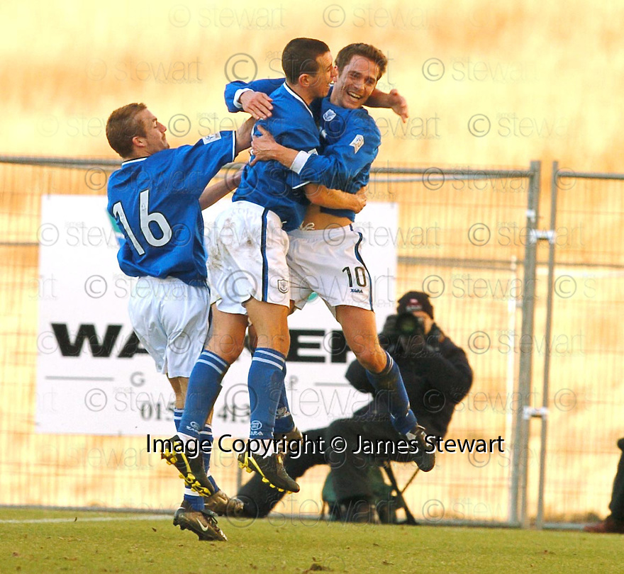6/3/04          Copyright Pic : James Stewart.File Name : jspa06_clyde_v_stjohn.PAUL BERNARD (10) CELEBRATES WITH KEIGAN PARKER (16) AND JOHN ROBERTSON AFTER HE SCORES THE WINNER FOR ST JOHNSTONE.....James Stewart Photo Agency 19 Carronlea Drive, Falkirk. FK2 8DN      Vat Reg No. 607 6932 25.Office     : +44 (0)1324 570906     .Mobile  : +44 (0)7721 416997.Fax         :  +44 (0)1324 570906.E-mail  :  jim@jspa.co.uk.If you require further information then contact Jim Stewart on any of the numbers above.........