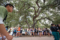 Occidental College students browse the tables at the Involvement Fair in the Academic Quad, Sept. 10, 2015. The annual event is an opportunity for students to learn about and join student-run clubs that offer a wide variety of interests.<br />