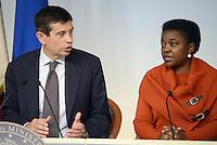 Roma, 11 Ottobre 2013<br /> Palazzo Chigi<br /> Conferenza stampa sulle azioni del Governo per la casa <br />  Nella foto Maurizio Lupi, Ministro delle Infrastrutture e trasporti, Cecile Kyenge Ministra all'integrazione