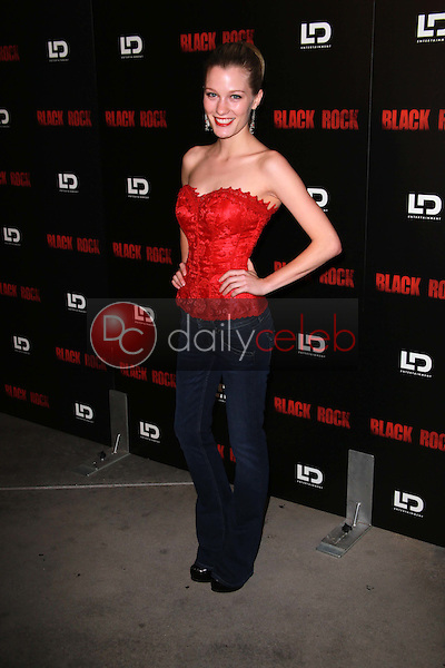 Ashley Hinshaw<br />