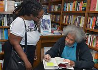 """MAY 16 Former """"Angola 3"""" inmate Albert Woodfox Book signing"""