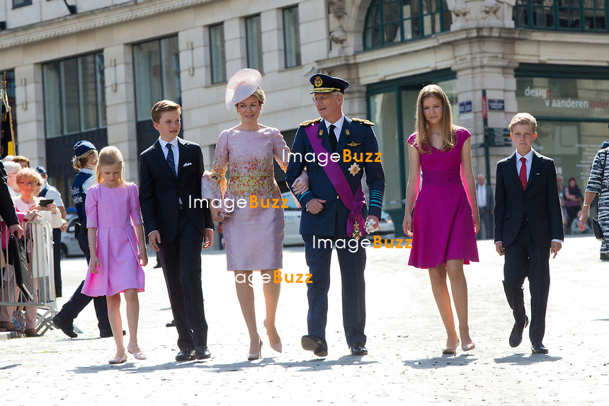 Le Roi Philippe de Belgique, la Reine Mathilde de Belgique et leurs 4 enfants, la princesse Elisabeth, le prince Gabriel, le prince Emmanuel et la princesse El&eacute;onore assistent &agrave; la c&eacute;r&eacute;monie du &quot; Te Deum &quot; &agrave; la cath&eacute;drale des Saints Michel et Gudule &agrave; Bruxelles, &agrave; l'occasion de la f&ecirc;te Nationale belge.<br /> Belgique, Bruxelles, 21 juillet 2017<br /> King Philippe of Belgium, Queen Mathilde of Belgium and their children Princess Eleonore, Prince Gabriel , Crown Princess Elisabeth and Prince Emmanuel pictured during the Te Deum mass, on the occasion of Today's Belgian National Day, at the Saint Michael and St Gudula Cathedral in Brussels.<br /> Belgium, Brussels, 21 July 2017
