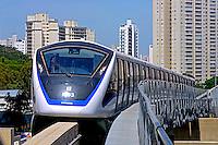 Transporte em monotrilho do metro. Vila Prudente. Sao Paulo. 2015. Foto de Juca Martins.