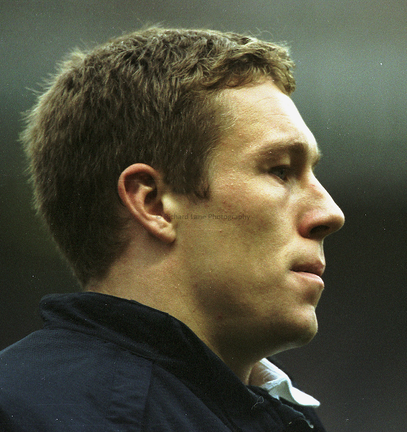 Photo Peter Spurrier..The Investec Challenge. 17th Nov 2001.England v Romania - Twickenham..Jonny Wilkinson, exercising during the first half... ...........
