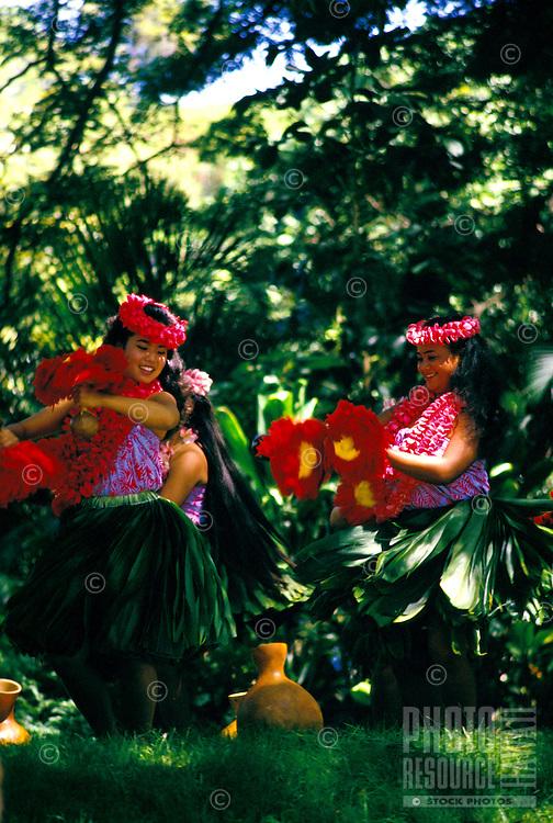 Dancing hula at Prince Lot festival, Island of Oahu