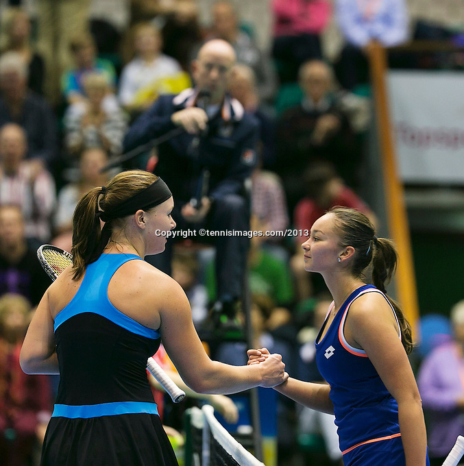 21-12-13,Netherlands, Rotterdam,  Topsportcentrum, Tennis Masters, semifinal, Kiki Bertens(NED) gets congrets from Lesley Kerkhove(R)(NED)<br /> Photo: Henk Koster