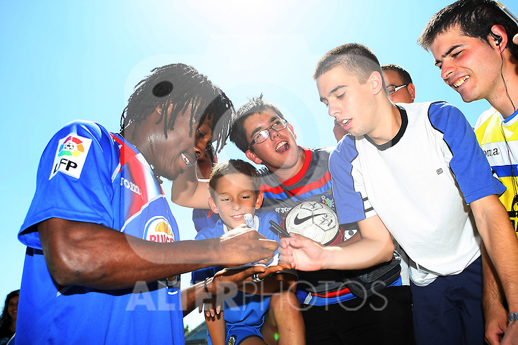 Getafe's new player Derek Boateng during his presentation. August 6 2009. (ALTERPHOTOS/Acero).