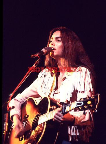 Emmylou Harris 1976