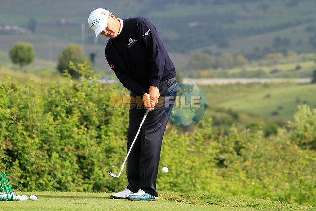 Paul Lawrie (SCO) in action on the practice range during Day 1 of the Volvo World Match Play Championship in Finca Cortesin, Casares, Spain, 19th May 2011. (Photo Eoin Clarke/Golffile 2011)