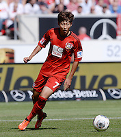 Fussball  1. Bundesliga  Saison 2013/2014  2. Spieltag VfB Stuttgart - Bayer Leverkusen     17.08.2013 Heung-Min Son (Bayer 04 Leverkusen) am Ball
