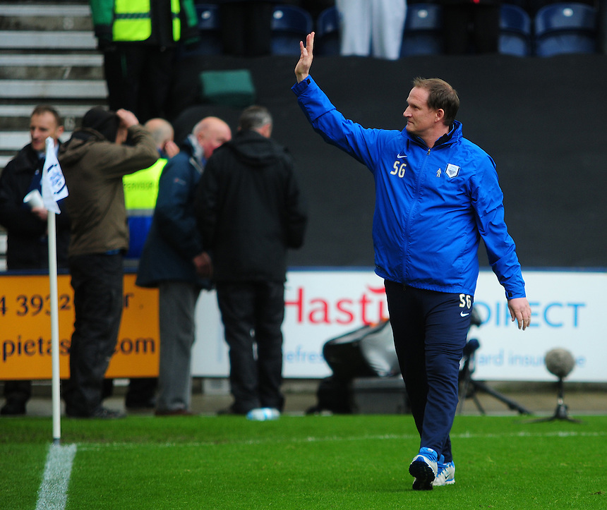 Preston North End's Manager Simon Grayson waves to the fans before kick off<br /> <br /> Photographer Chris Vaughan/CameraSport<br /> <br /> Football - The Football League Sky Bet League One Play-Off First Leg - Preston North End v Rotherham United - Saturday 10th May 2014 - Deepdale - Preston<br /> <br /> &copy; CameraSport - 43 Linden Ave. Countesthorpe. Leicester. England. LE8 5PG - Tel: +44 (0) 116 277 4147 - admin@camerasport.com - www.camerasport.com