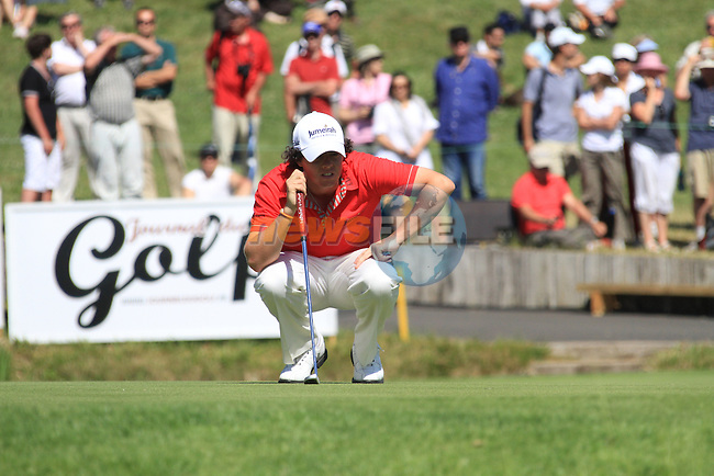 Rory McIlroy lines up his putt the 18th green on the final day of the Alstom Open de France at Golf National St Quentin en Yvelines, Paris France, 4/7/10..Picture Fran Caffrey/www.golffile.ie