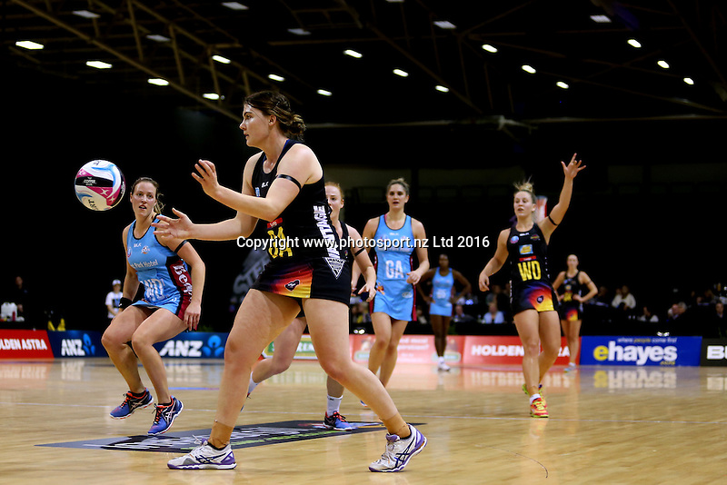 Ellen Halpenny of the Magic passes the ball during the ANZ Championship netball match between the Southern Steel and Waikato Bay of Plenty Magic, ILT Stadium Southland, Invercargill, Sunday, June 19, 2016. Photo: Dianne Manson / www.photosport.nz