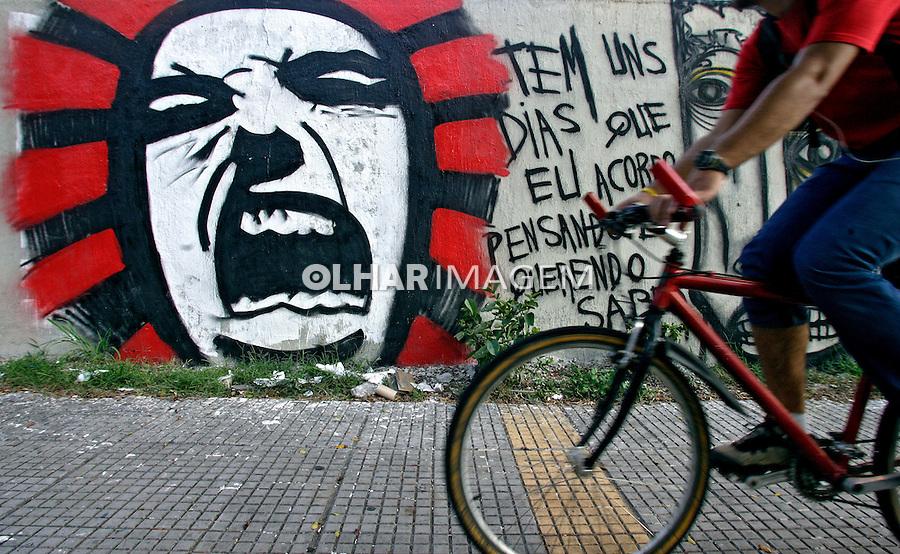 Pintura Grafitti nos muros da cidade. SP. Foto de Caetano Barreira.