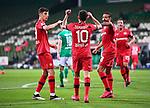 Jubel 1:4: Kerem Demirbay (Leverkusen)/m.  jubelt mit Kai Havertz (Leverkusen)/l. und Karim Bellarabi (Leverkusen)/r.<br /><br />Sport: Fussball: 1. Bundesliga: Saison 19/20: 26. Spieltag: SV Werder Bremen - Bayer 04 Leverkusen, 18.05.2020<br /><br />Foto: Marvin Ibo GŸngšr/GES /Pool / via gumzmedia / nordphoto