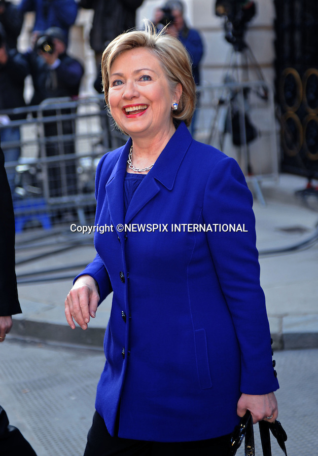 HILARY CLINTON.at No.10 Downing Street, London_01/04/2009.Hilary is attending the G20 Summit in  London..PHOTO CREDIT MANDATORY: ©Dias/NEWSPIX INTERNATIONAL  .(Failure to by-line the photograph will result in an additional 100% reproduction fee surcharge)..            *** ALL FEES PAYABLE TO: NEWSPIX INTERNATIONAL ***..IMMEDIATE CONFIRMATION OF USAGE REQUIRED:Tel:+441279 324672..Newspix International, 31 Chinnery Hill, Bishop's Stortford, ENGLAND CM23 3PS.Tel: +441279 324672.Fax: +441279 656877.Mobile: +447775681153.e-mail: info@newspixinternational.co.uk