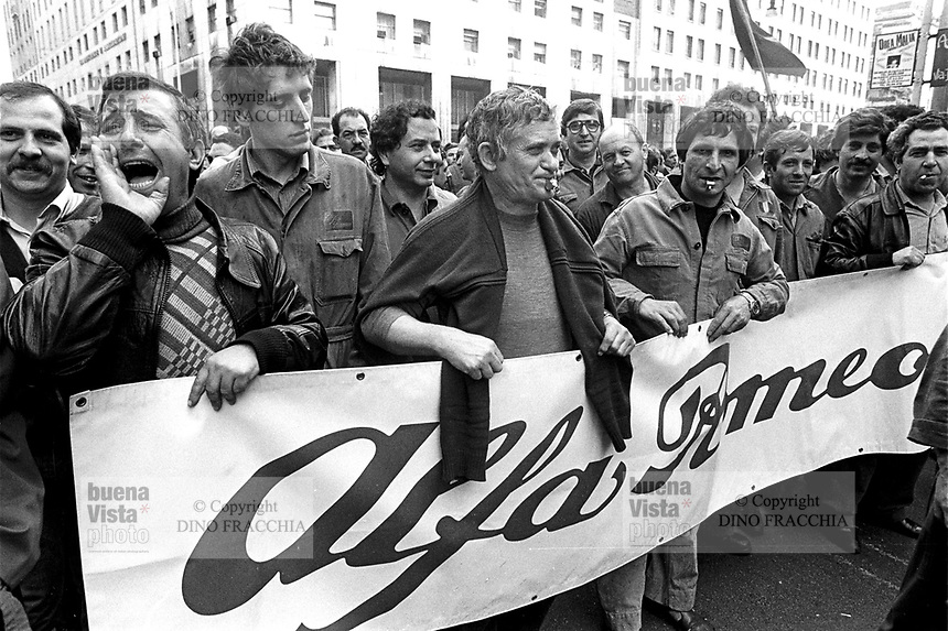 - Milano 1978, manifestazione sindacale operai dell'Alfa Romeo di Arese ....- Milan 1978, workers of the Alfa Romeo in Arese trade-union manifestation