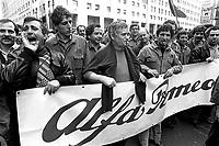- Milano 1978, manifestazione sindacale operai dell'Alfa Romeo di Arese ....- Milan 1978, workers of the Alfa Romeo in Arese trade-union manifestation