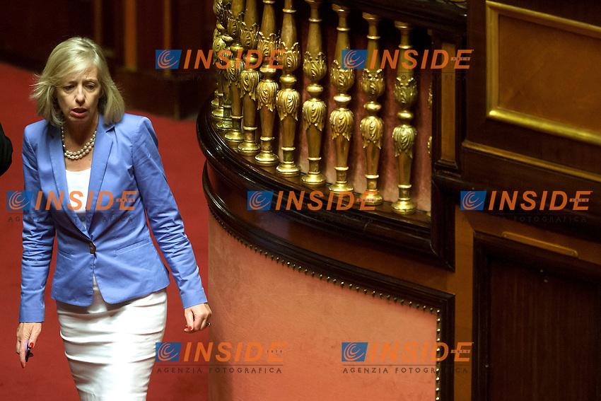 Stefania Giannini<br /> Roma 04-08-2014  Senato. Discussione sul DdL Riforme costituzionali che prevede anche la riforma del Senato. <br /> Photo Samantha Zucchi Insidefoto