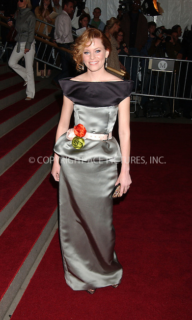 "WWW.ACEPIXS.COM................May 7 2007, New York City....ELIZABETH BANKS....Arrivals at the 2007 Costume Institute Benefit Gala ""Poiret: King Of Fashion"" at the Metropolitan Museum of Art. ....Byline:  KRISTIN CALLAHAN - ACEPIXS.COM....For information please contact:....Philip Vaughan, 212 243 8787 or 646 769 0430..Email: info@acepixs.com..Web: WWW.ACEPIXS.COM"
