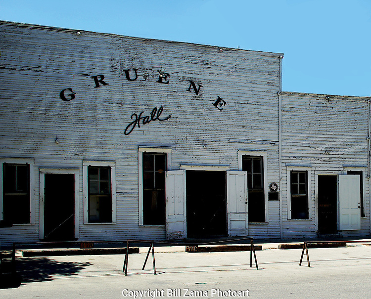Gruene Hall, the oldest dance hall in TX.