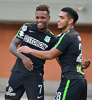 ENVIGADO -COLOMBIA, 25-03-2018: Gustavo Torres (Izq) jugador de Atletico Nacional celebra después de anota un gol a Envigado FC durante partido por la fecha 10 de la Liga Águila I 2018  realizado en el Polideportivo Sur de la ciudad de Envigado./ Gustavo Torres (L) player of Atletico Nacional celebrates after scoring a goal to Envigado FC during match for the date 10 of the Aguila League I 2018 played at Polideportivo Sur in Envigado city.  Photo: VizzorImage/ León Monsalve / Cont