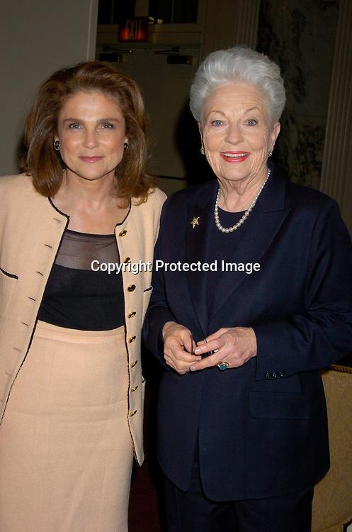 Tovah Feldshuh and Governor Ann Richards