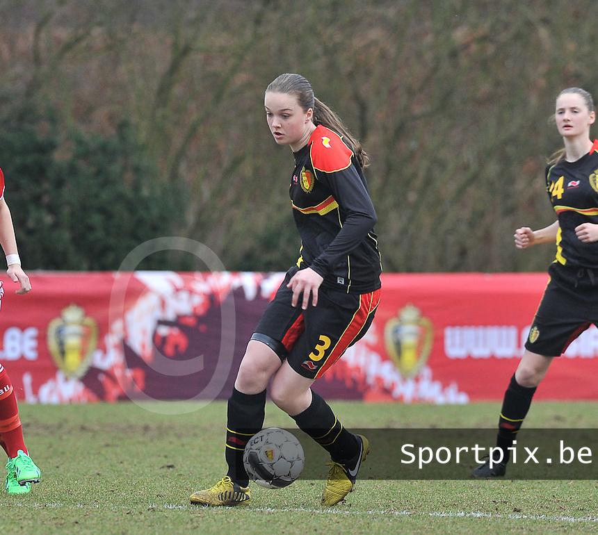 Denmark U17 - Belgium U17 : Tine De Caigny .foto DAVID CATRY / Vrouwenteam.be