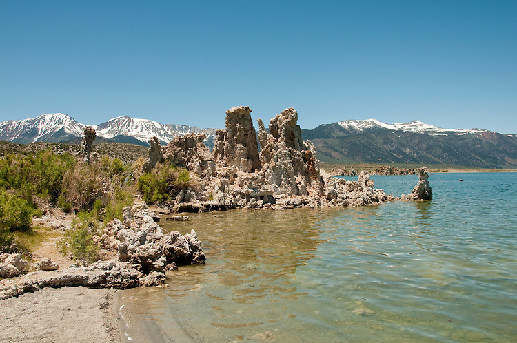 tufas, Mono Lake; Mono Basin National Forest Scenic Area, California, USA.  Photo copyright Lee Foster.  Photo # california120950
