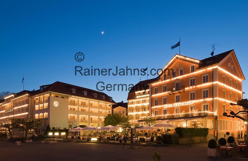 DEU, Deutschland, Bayern, Bayerisch Schwaben, Bodensee, Lindau: Hotels an der Seepromenade, abends | DEU, Germany, Bavaria, Bavarian Swabia, Lake Constance, Lindau: hotels at seaside promenade, evening