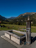 Brunnen, Inntal bei Tarasp, Scuol, Unterengadin, Graubünden, Schweiz, Europa<br /> fountain, River Inn Valley near Tarasp, Scuol, Engadine, Grisons, Switzerland