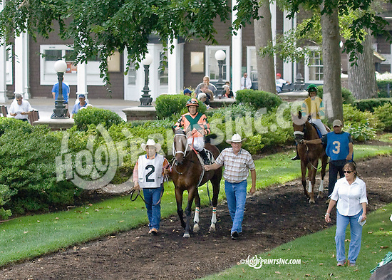 Chief Istan winning at Delaware Park on 9/3/14