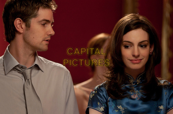 JIM STURGESS & ANNE HATHAWAY.in One Day.*Filmstill - Editorial Use Only*.CAP/FB.Supplied by Capital Pictures.