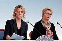 Marianna Madia e Roberta Pinotti<br /> Roma 26/01/2018. Conferenza stampa sul rinnovo dei contratti per il comparto sicurezza e difesa.<br /> Rome January 26th 2018. Press conference on after the renewal of security and defense contracts.<br /> Foto Samantha Zucchi Insidefoto