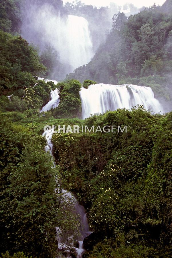 Cascata Delle Marmore, Umbria. Itália 2002. Foto de Vinicius Romanini.