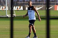 SÃO PAULO,SP, 13.09.2013 TREINO/CORINTHIANS/SP - Emerson  durante treino do Corinthians no CT Joaquim Grava na zona leste de Sao Paulo. (Foto: Alan Morici /Brazil Photo Press).