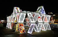 Amsterdam Light Festival . Een cultureel festival met lichtkunst. House of Cards