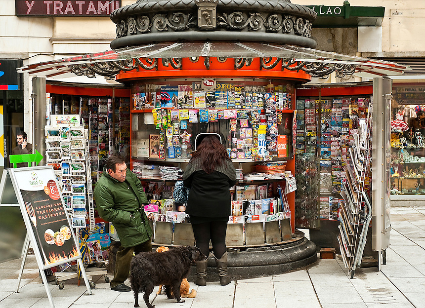 Magazine kiosk, Madrid, Spain